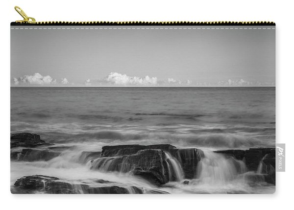 Maine Rocky Atlantic Coast Crashing Waves And Clouds In Black And White Carry-all Pouch