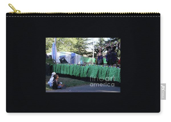 Carry-all Pouch featuring the photograph Mesmerized By Those Bellies by Cynthia Marcopulos