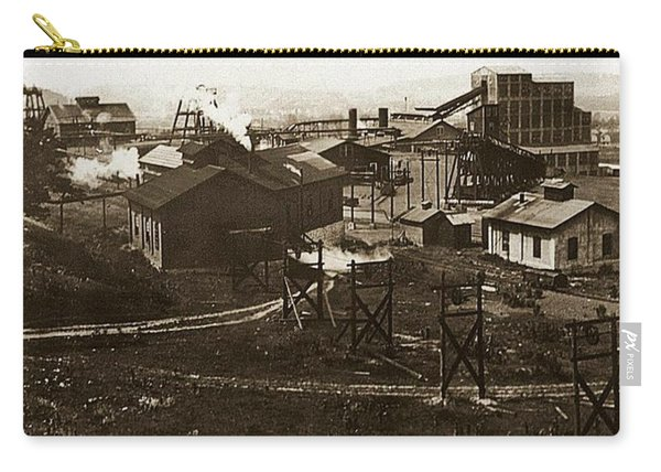 Mineral Springs Colliery Parsons Gravel Hill Scranton Patch Area Of Wilkes Barre Pa 1913 Carry-all Pouch