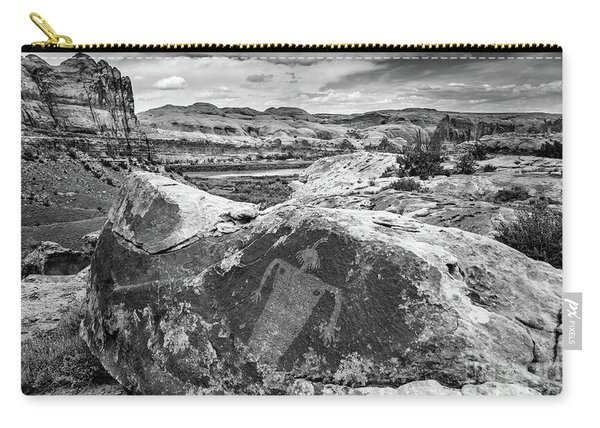 Moab Maiden Petroglyph - Black And White - Utah Carry-all Pouch