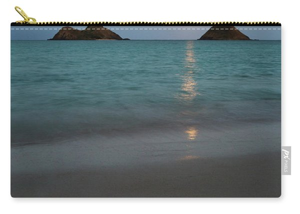 Moonrise At Lanikai Carry-all Pouch