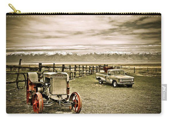 Old Case Tractor Carry-all Pouch