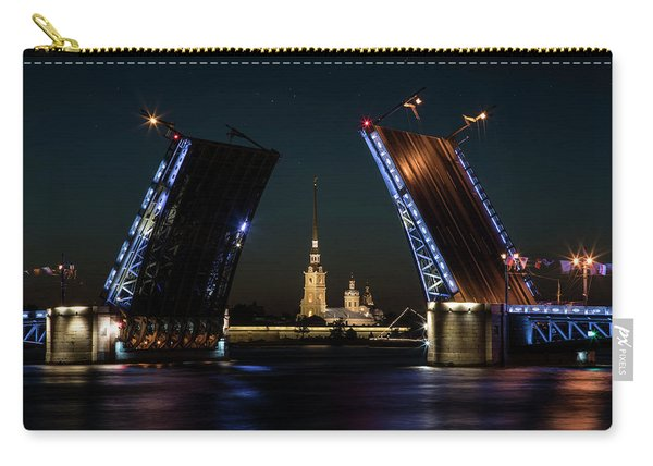 Carry-all Pouch featuring the photograph Palace Bridge At Night by Jaroslaw Blaminsky