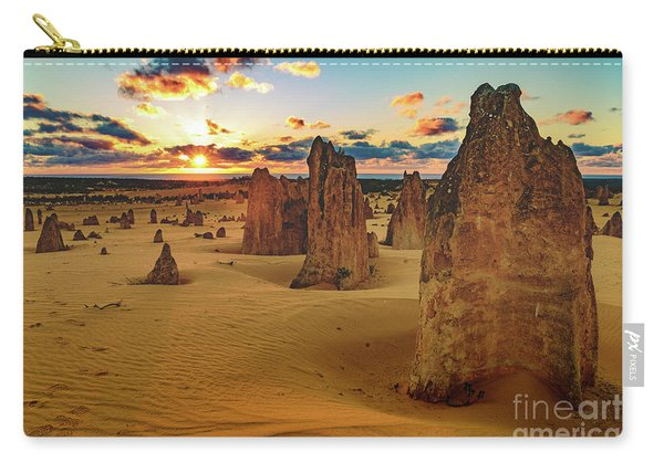 Pinnacles 8 Carry-all Pouch
