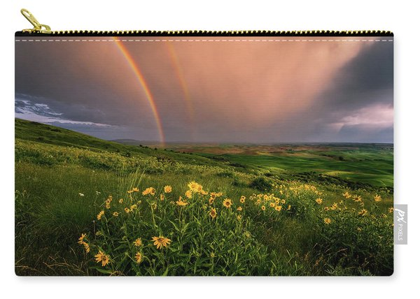 Rainbow At Steptoe Butte Carry-all Pouch
