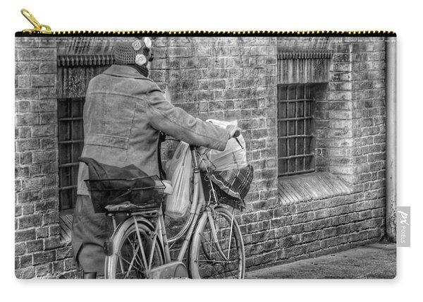 Reggio Carry-all Pouch