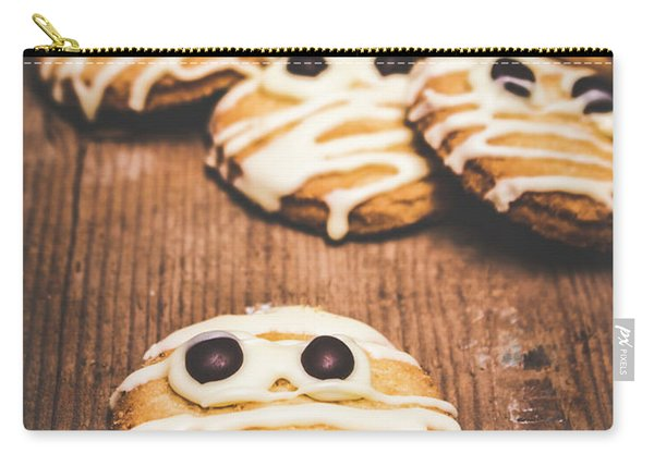 Scared Baking Mummy Biscuit Carry-all Pouch