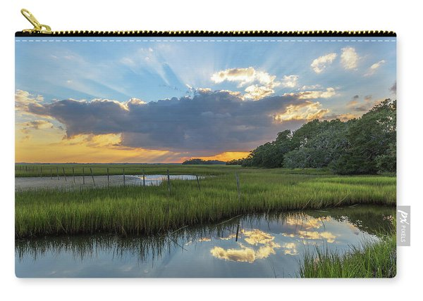 Carry-all Pouch featuring the photograph Seabrook Island Sunrays by Donnie Whitaker