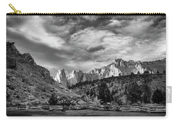 Smith Rock Bw Carry-all Pouch