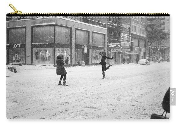 Snow Dance - Le - 10 X 16 Carry-all Pouch