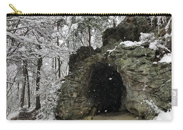 Snowy Torys Den Carry-all Pouch