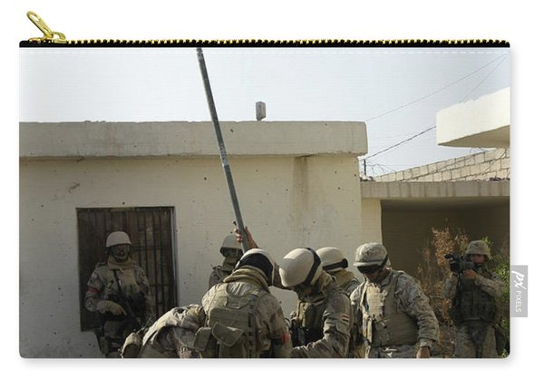 Soldiers From The Iraqi Special Forces Carry-all Pouch