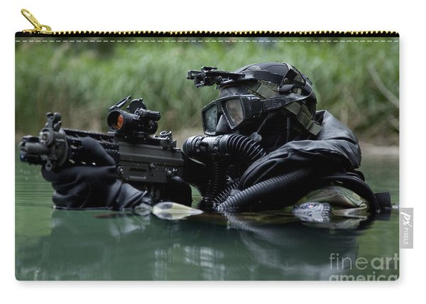 Special Forces Combat Diver Takes Carry-all Pouch