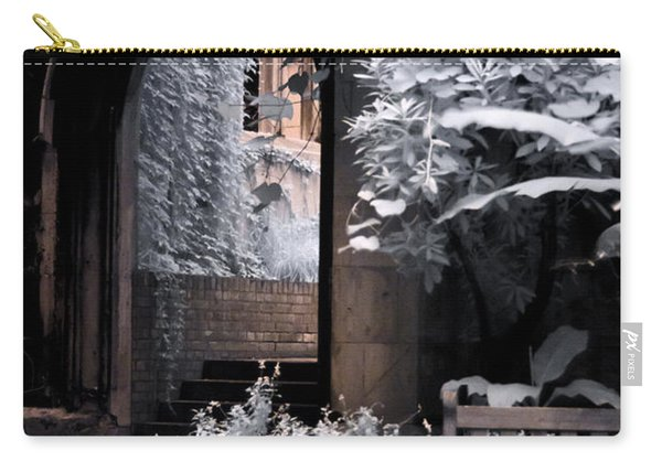 St Dunstan's In The East Carry-all Pouch