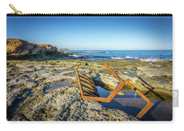 The Rusty Steps Carry-all Pouch