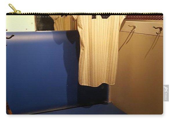 New York Yankee Captian Thurman Munson 15 Locker Carry-all Pouch