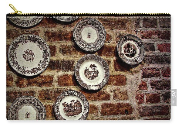 Tiole Plates Carry-all Pouch