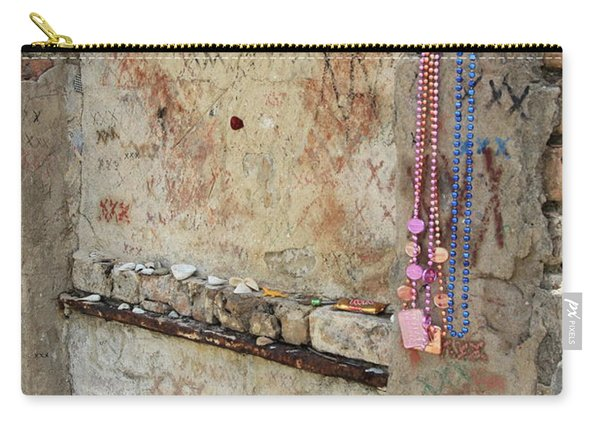 Tomb Of The Unknown Voodoo Priestess Carry-all Pouch