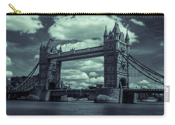 Tower Bridge Bw Carry-all Pouch