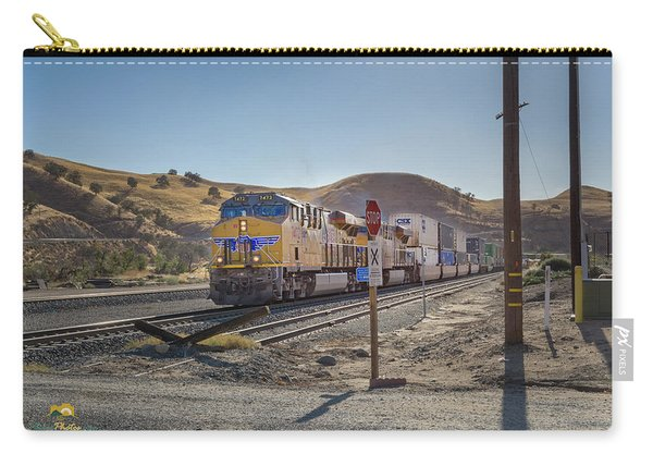 Carry-all Pouch featuring the photograph Up7472 by Jim Thompson