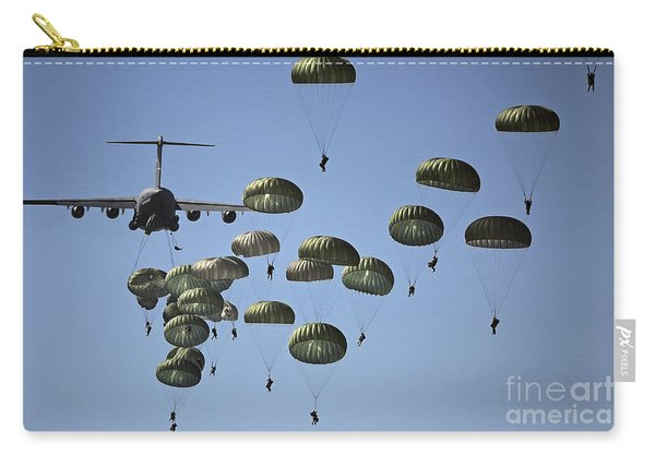 U.s. Army Paratroopers Jumping Carry-all Pouch