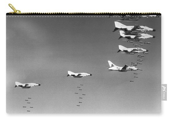 U.s. Bombing North Vietnam Carry-all Pouch