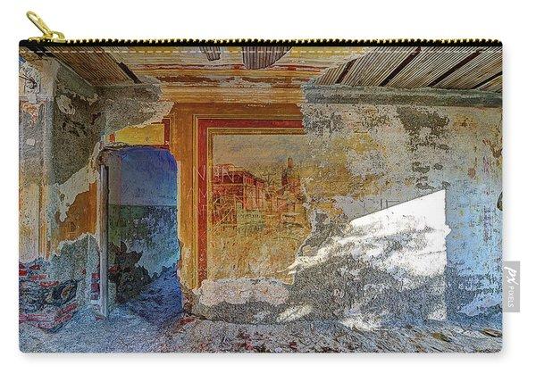 Villa Giallo Atmosfera Artistica - Artistic Atmosphere Carry-all Pouch
