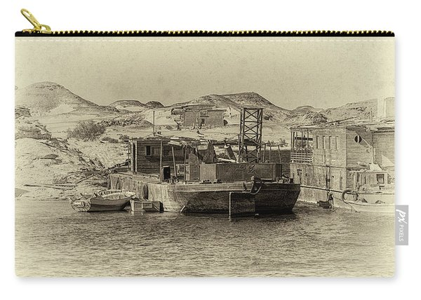 Wadi Al-sebua Antiqued Carry-all Pouch