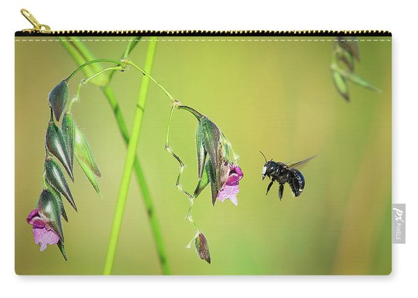 White-faced Bee Carry-all Pouch