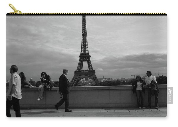Carry-all Pouch featuring the photograph Eiffel Tower, Tourist by Edward Lee