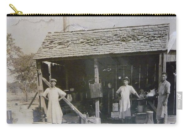 1910 S Filipino Asian Workers On Dairy Farm Carry-all Pouch