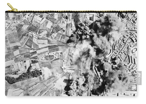 Allied Aerial Bombardment - Ww2 Italy - 1943 Carry-all Pouch