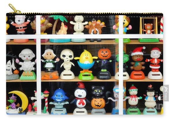Bobbleheads In Store Window In Schroon Lake Ny In Adirondacks Carry-all Pouch