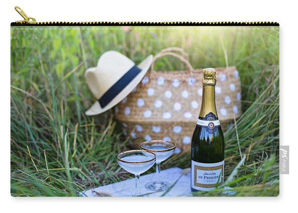 Chic Picnic Carry-all Pouch