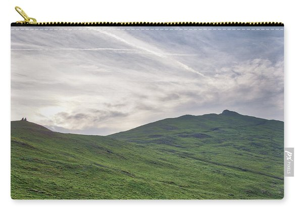Carry-all Pouch featuring the photograph Clouds Over Thorpe Cloud by Scott Lyons
