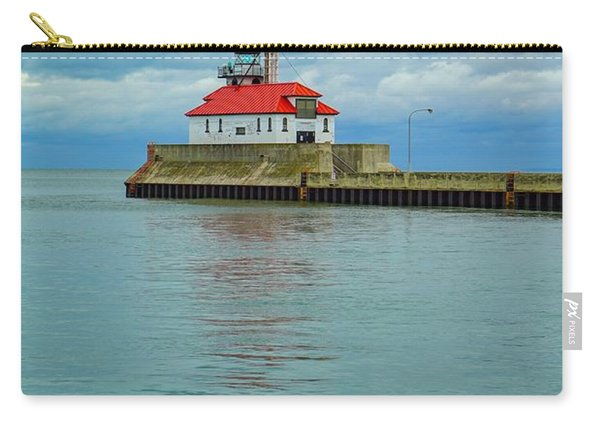 Duluth Lighthouse 2 Carry-all Pouch