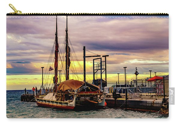 Hokulea Docked Carry-all Pouch