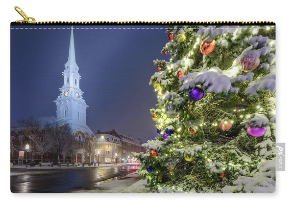 Carry-all Pouch featuring the photograph Holiday Snow, Market Square by Jeff Sinon