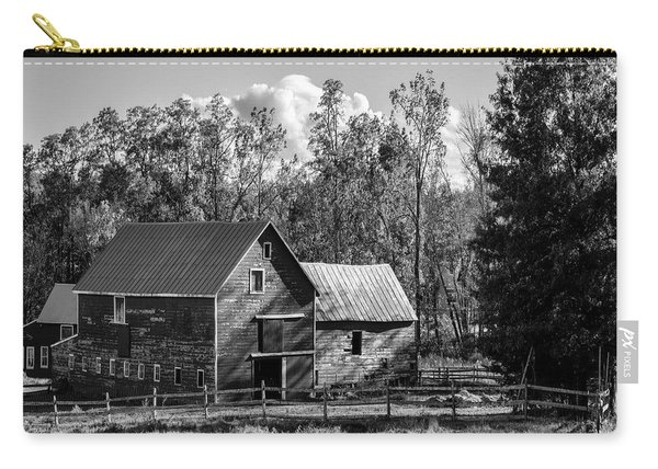 Hudson Valley Ny Countryside Bw Carry-all Pouch