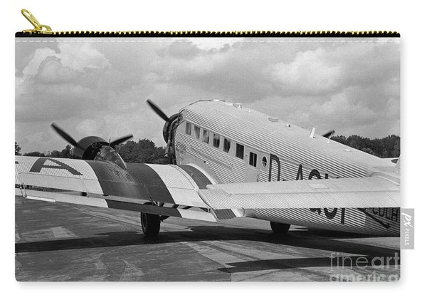 Ju-52 Taxing Carry-all Pouch