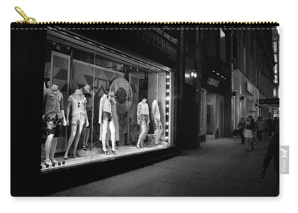Carry-all Pouch featuring the photograph New York, New York 12 by Ron Cline