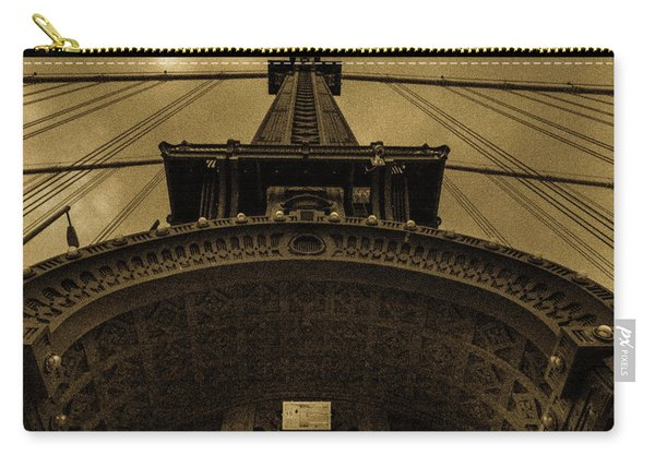 New York, New York, Usa - Looking Carry-all Pouch
