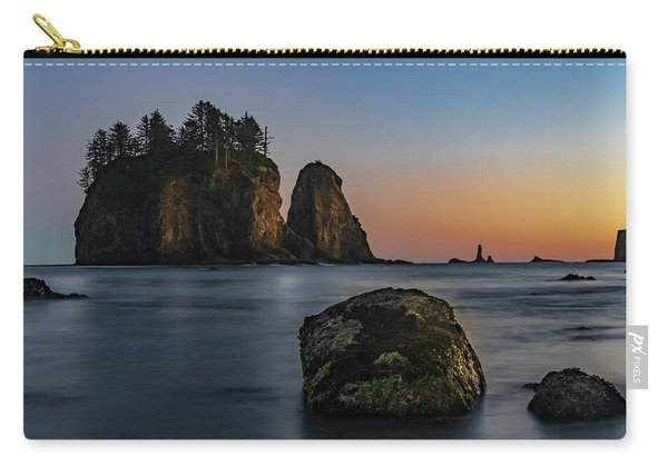 Sea Stacks At La Push Carry-all Pouch