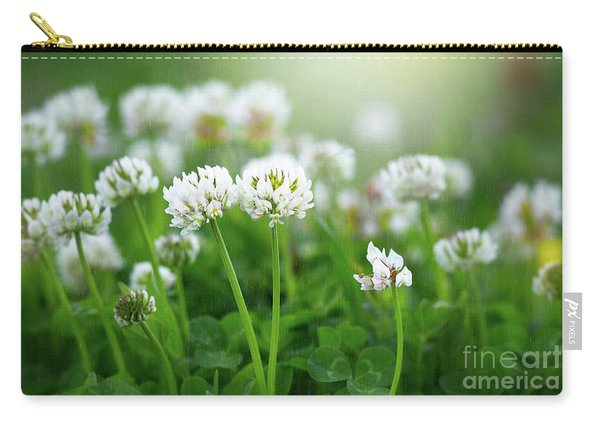 Carry-all Pouch featuring the photograph Raindrops On Clover by Susan Warren