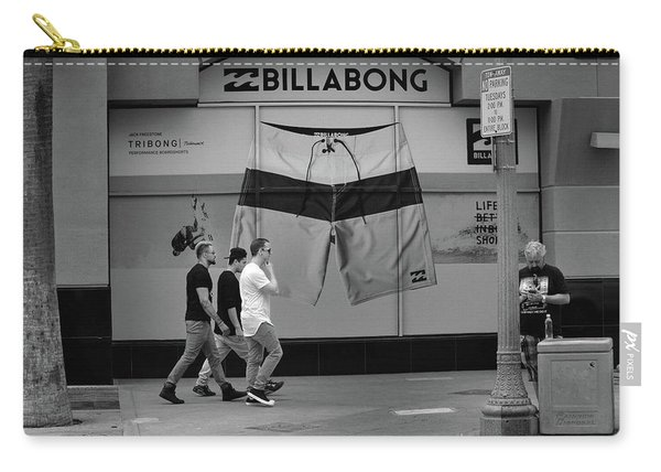 Carry-all Pouch featuring the photograph Strolling Hollywood by Ron Cline