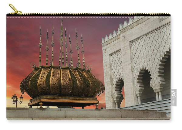 Traditional Outdoor Lighting Urn, Mausoleum Carry-all Pouch