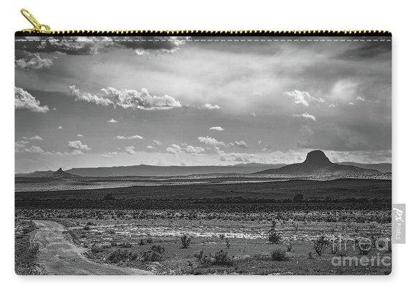 Carry-all Pouch featuring the photograph Up The Dirt Road by Susan Warren