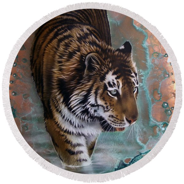 Copper Tiger I  Round Beach Towel