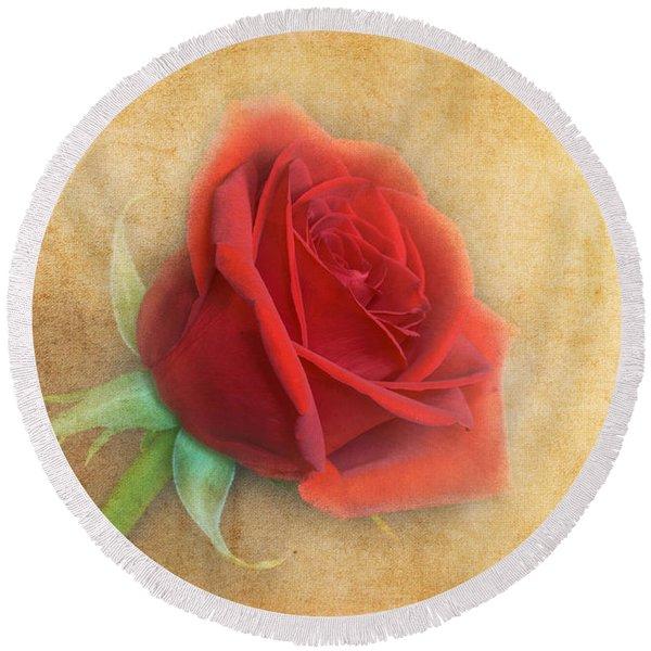 Red Rose  Round Beach Towel