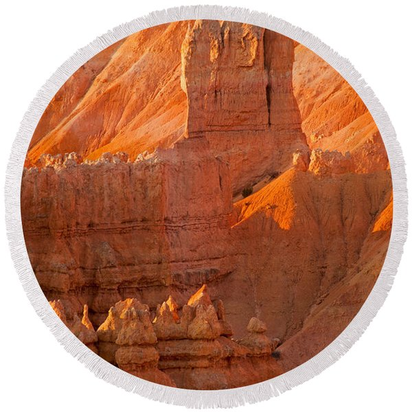 Sunrise At Sunset Point Bryce Canyon National Park Round Beach Towel